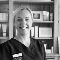 Leanne, Senior Aesthetician